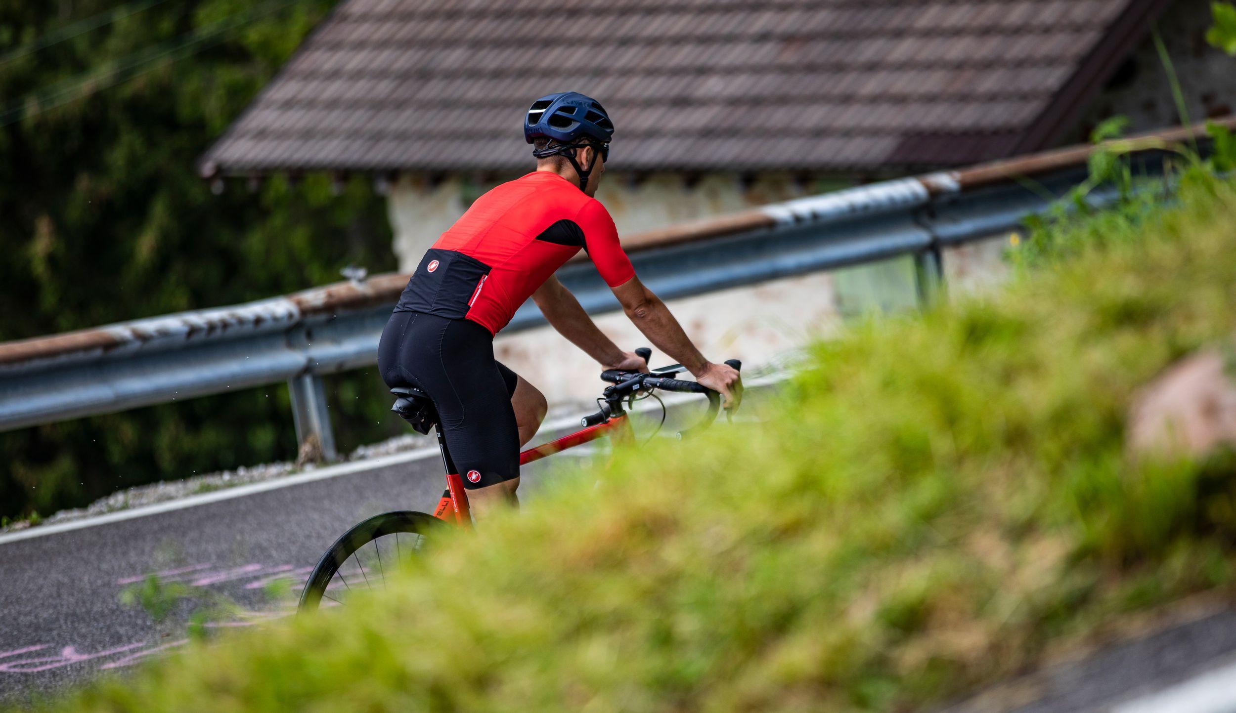 De fietsbroek voor hete dagen is of bij een zware beklimming