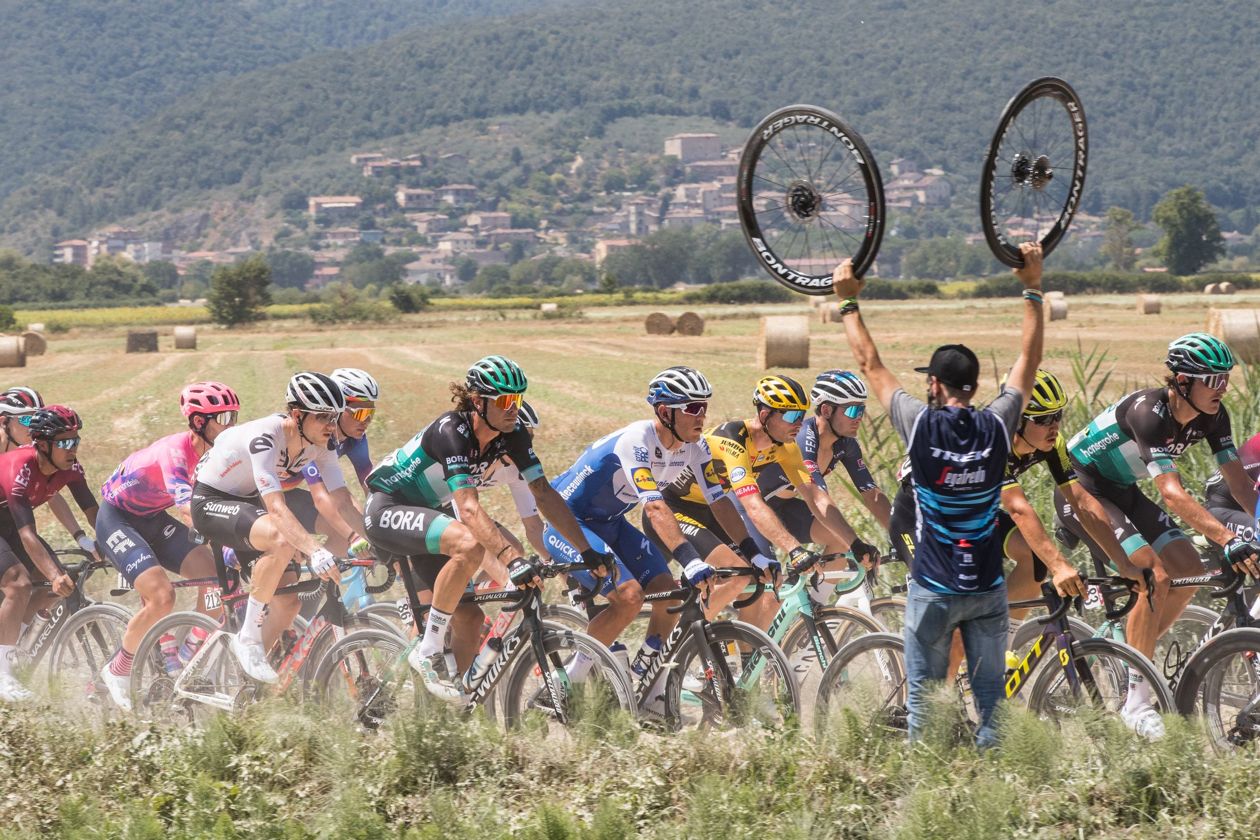 Bora Hansgrohe tijdens Strade Bianche